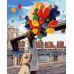 Девушка с разноцветными шариками
