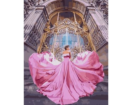 Девушка в воздушном платье